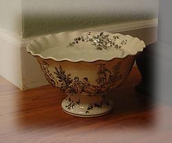 Dog bowl1